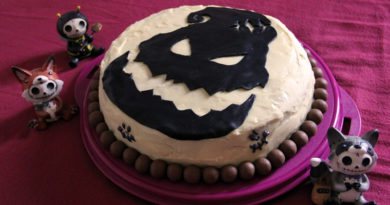 Ein Geek backt eine Nightmare Before Christmas-Torte